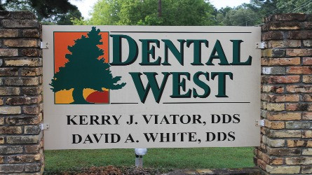 dental-west-sign-slider